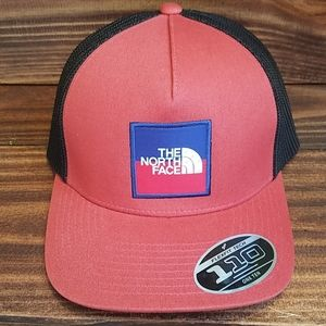 NWT New w/ Tags The North Face Hat Keep It Patched
